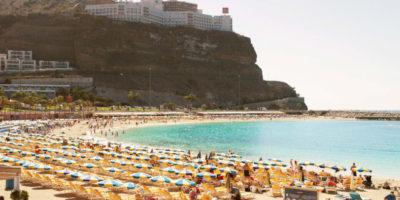 Nästan 9 av 10 svenskar har någon gång rest till Kanarieöarna